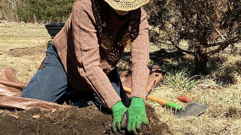 CEED Volunteers Help Us Grow!